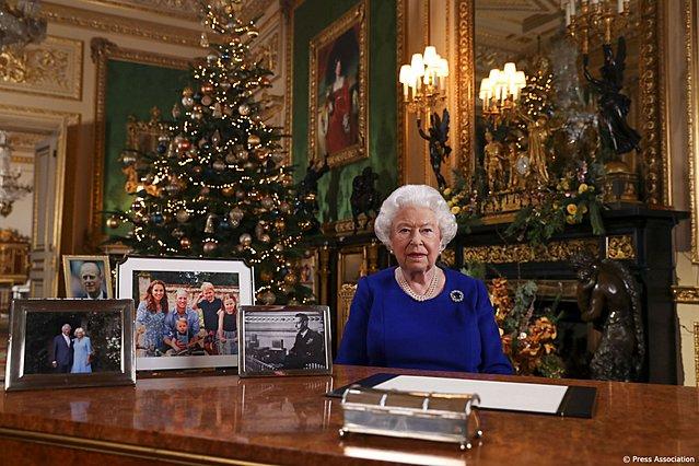 Βασίλισσα Ελισάβετ: Ποιο είναι το καθημερινό μενού της, ποια φαγητά λατρεύει και ποια απεχθάνεται