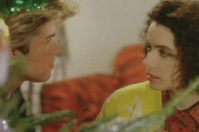 Last Christmas: Πώς είναι η αγαπημένη του George Michael 35 χρόνια μετά [photos]
