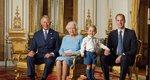 Η βασίλισσα Ελισάβετ και οι τρεις διάδοχοι σε νέα πόζα