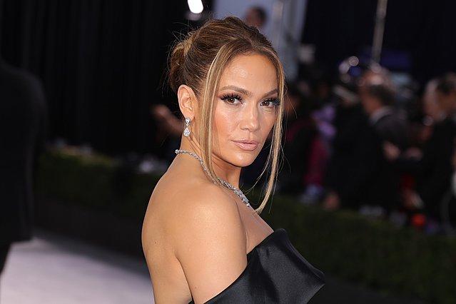 Η Jennifer Lopez κουρεύτηκε για το Super Bowl