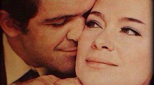 Τζένη Καρέζη-Κώστας Καζάκος: 5 φωτογραφίες-ύμνος στον απόλυτο έρωτα που ξεκίνησε από μία παρτίδα τάβλι!