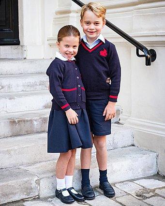 Ο κορωνοϊός  χτύπησε  και το σχολείο του George και της Charlotte - Σε καραντίνα τα πριγκιπόπουλα