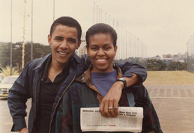 Βarack - Michelle Obama: «Πώς ξεκίνησε και πώς πηγαίνει» - Η απίθανη throwback φωτογραφία του ζεύγους