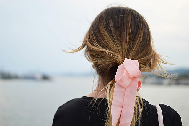 Ποια προβλήματα στα μαλλιά σου δείχνουν ότι αντιμετωπίζεις ζητήματα με την υγεία σου