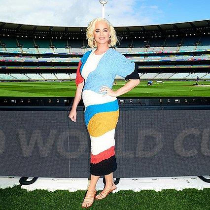 Katy Perry: Έξι μηνών έγκυος με μίνι και τακούνια σε ένα live που εντυπωσίασε [video]