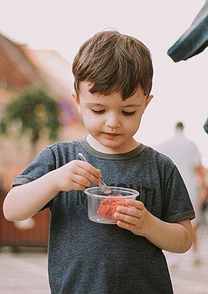 Γιατί δεν πρέπει να χρησιμοποιείς το φαγητό για επιβράβευση (ή τιμωρία) των παιδιών σου