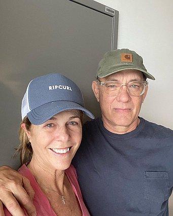Tom Hanks - Rita Wilson: Η νεότερη ανάρτησή τους καθώς αναρρώνουν από τον κορονοϊό