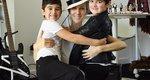 Διάσημοι φωτογραφίζονται μαζί με τα δίδυμα παιδιά τους