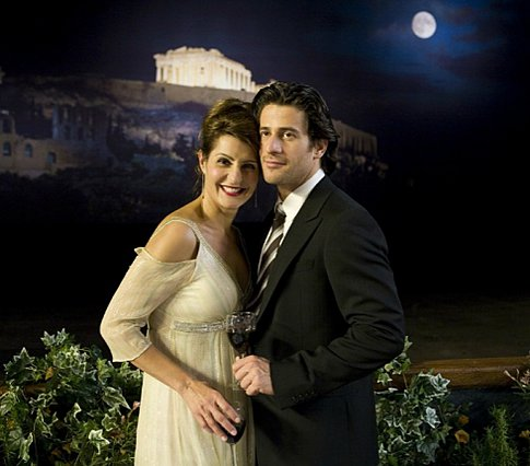 "<p>Η Nia Vardalos και ο Αλέξης Γεωργούλης είχαν συμπρωταγωνιστήσει στην ταινία ""Έρωτας αλά Ελληνικά"" το 2009.</p>"