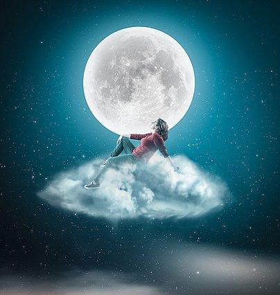 Νιώθεις ότι... σεληνιάζεσαι; 5 περίεργοι τρόποι με τους οποίους το φεγγάρι μπορεί να επηρεάσει τη διάθεση σου