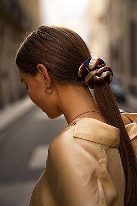 4 λόγοι που οδηγούν σε υπερβολικά λιπαρά μαλλιά και πώς μπορείς να τους αντιμετωπίσεις
