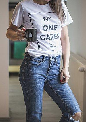 Το αγαπημένο σου t-shirt είναι δύο νούμερα μεγαλύτερο; Μπορείς να το κάνεις να μαζέψει σε 5 βήματα