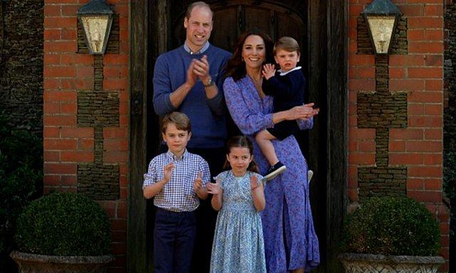 Kate Middleton: Φρρά τη μάσκα της και δίνει το  καλό παράδειγμα