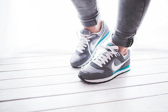 6 τρόποι για να αδυνατίσεις με το καθημερινό σου περπάτημα