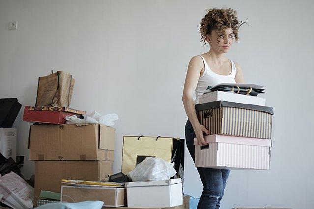 Τα 5 πιο συνηθισμένα λάθη που κάνεις όταν συμμαζεύεις το σπίτι σου και πως να τα διορθώσεις