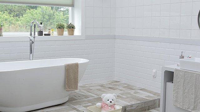 5 πράγματα στο μπάνιο σου που ίσως πρέπει να πετάξεις άμεσα