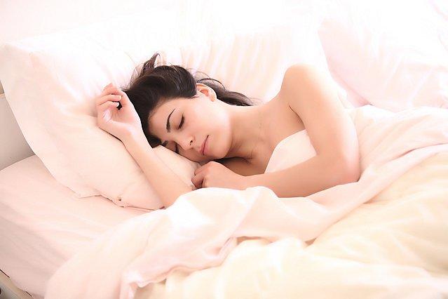 Σε ποιες περιπτώσεις η γυμναστική μπορεί να ωφελήσει τον νυχτερινό σου ύπνο