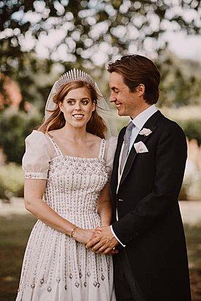 Πριγκίπισσα Beatrice: Η ρομαντική ιστορία πίσω από το δαχτυλίδι που της χάρισε ο σύζυγος της