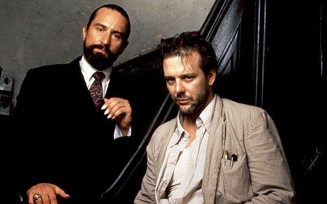 Mickey Rourke προς Robert de Niro:  Άκου εδώ κύριε Σκληρέ του σινεμά, ορκίζομαι ότι μόλις σε δω θα σε...
