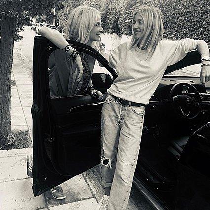 Άννα Βίσση: Με αυτή τη φωτογραφία περιέγραψε τη σχέση της με τη Σοφία Καρβέλα