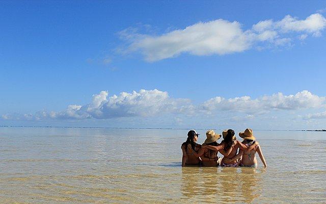 Πώς οι διακοπές με φίλους μπορούν να επηρεάσουν την παρέα