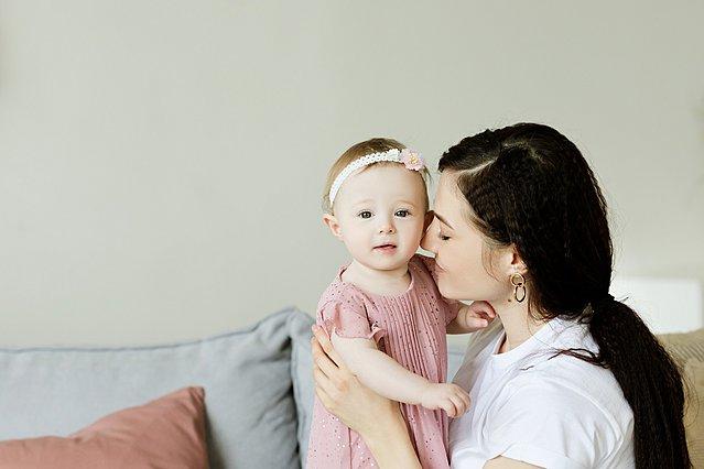 Τι λέει το ζώδιο σου για το τι είδους μαμά είσαι – ή θα γίνεις