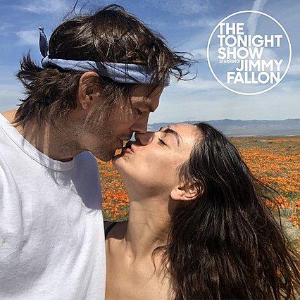 Mila Kunis - Ashton Kutcher: Το οικογενειακό φωτογραφικό άλμπουμ ενός από τα πιο αγαπημένα ζευγάρια του Χόλιγουντ