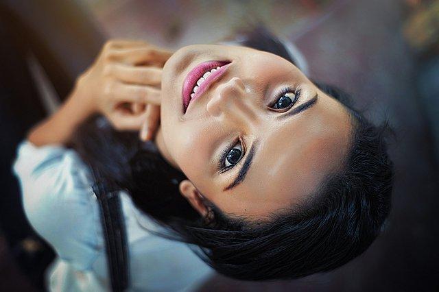 Τα 5 οφέλη που μπορείς να έχεις αν σταματήσεις να χρησιμοποιείς μακιγιάζ
