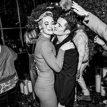 Katy Perry – Orlando Bloom: Κάνουν διακοπές στην Πελοπόννησο (φωτογραφίες)