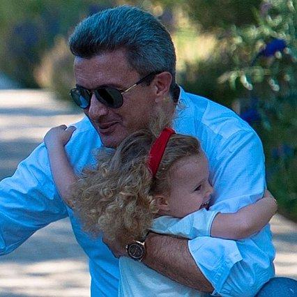 Νίκος Χατζηνικολάου: Δέχεται το πιο τρυφερό φιλί από τη μικρή Εύα και λιώνει από ευτυχία! [Φωτογραφία]