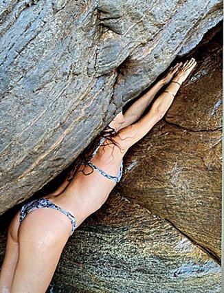 Η Ρούλα Ρέβη φωτογραφίζει τη διάσημη κολλητή της και εμείς μένουμε με το στόμα ανοιχτό - ΤΟ κορμί στα 50 something