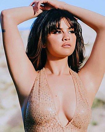 Selena Gomez:  Όλοι μου οι πρώην με θεωρούν τρελή