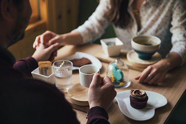 Οι 5 πιο συνηθισμένοι φόβοι πριν το πρώτο ραντεβού και πώς να τους ξεπεράσεις