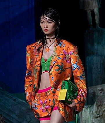 Η SS21 συλλογή του Versace είναι μια ωδή στον κόσμο του βυθού