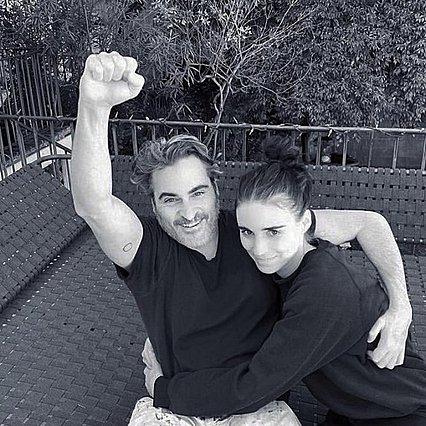 Joaquin Phoenix - Rooney Mara: Γεννήθηκε ο γιος τους και τον ονόμασαν River - Η στιγμή της αποκάλυψης σε βίντεο