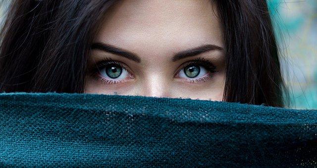 Τι αποκαλύπτει το χρώμα των ματιών σου για την προσωπικότητα σου