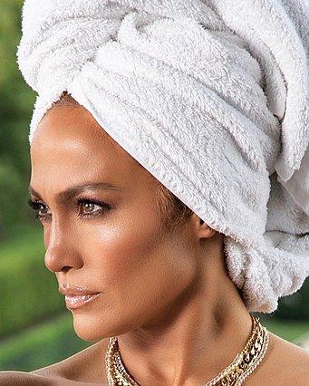 Jennifer Lopez: H make-up artist της αποκαλύπτει κάθε προϊόν που χρησιμοποιεί η σταρ στο μακιγιάζ της