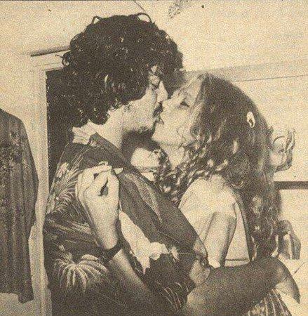 Βλάσης Μπονάτσος-Σαν σήμερα: Η Αλίκη και το σπάνιο φωτογραφικό υλικό ενός μεγάλου έρωτα! [Photos]