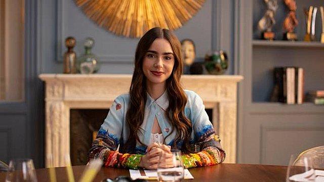Emily In Paris: Έρχεται η δεύτερη σεζόν και η ανακοίνωση έγινε με το πιο απίθανο βίντεο