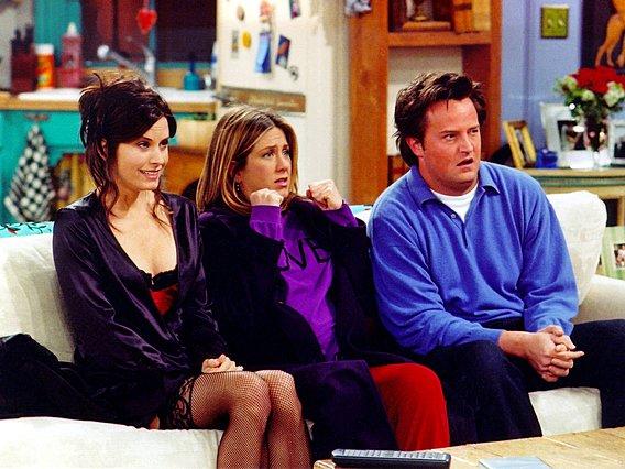 Friends: Ο Matthew Perry τιτίβισε ένα update για το πολυαναμενόμενο reunion της σειράς