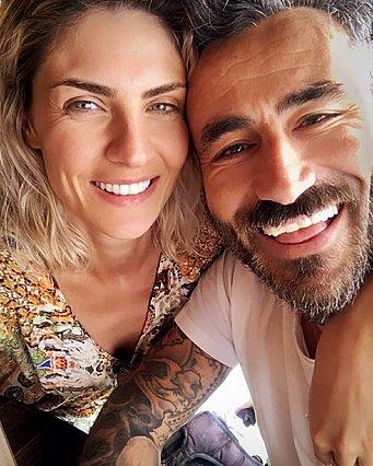 Γιώργος Μαυρίδης: Στο νοσοκομείο σε σοβαρή κατάσταση με κορονοϊό - Θετική και η αρραβωνιαστικιά του