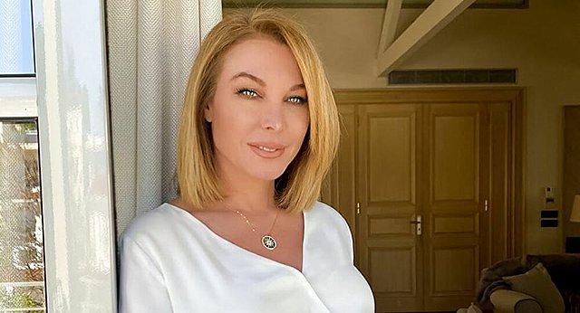 Η Τατιάνα Στεφανίδου υπέγραψε στον Alpha: Το πρώτο γραφείο που επισκέφτηκε και οι πρώτες δηλώσεις on camera [video]