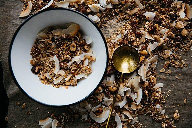 Πώς να φτιάξεις απολαυστική σπιτική granola