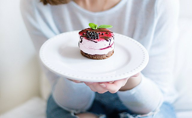Η συνταγή για υγιεινό cheesecake σε ποτήρι