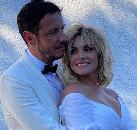 Ελεονώρα Ζουγανέλη - Σπύρος Δημητρίου: Δυο μήνες μετά τον γάμο τους άνοιξαν το δικό τους μπαράκι