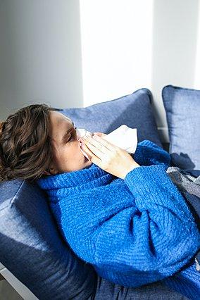 Βουλωμένη μύτη: Οι 5 πιο συνηθισμένες αιτίες που την προκαλούν και πώς να τις αντιμετωπίσεις