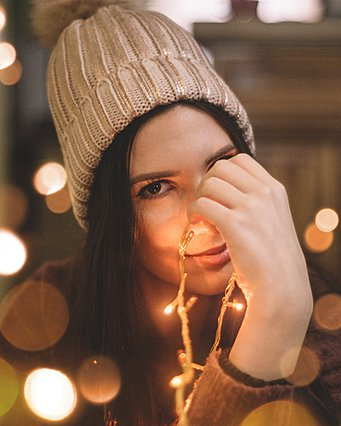 Christmas mood: Ακόμη κι αν είναι κακή η διάθεσή σου, μπες στο πνεύμα των Χριστουγέννων για να... σωθείς