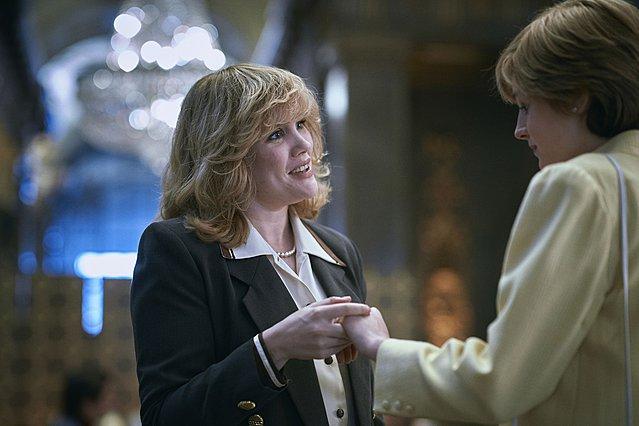 "<p>Οι Emerald Fennell και Emma Corrin ερμηνεύουν τις Camilla και Diana αντίστοιχα στην πολυσυζητημένη 4η σεζόν του ""The Crown"" του Netflix.</p>"