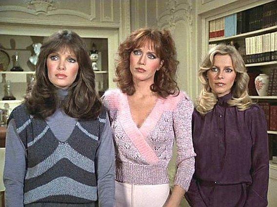 "<p>Οι ""Άγγελοι το Τσάρλι"" (1980-1981): Η Tanya Roberts ανάμεσα από την Jaclyn Smith (αριστερά) και τη Cheryl Ladd</p>"