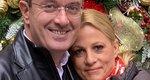 Νίκος Χατζηνικολάου: Το φιλί στη σύζυγό του και το μήνυμα δύναμης που στέλνει